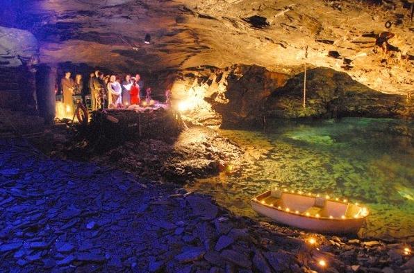 underground_lake_wedding_venue