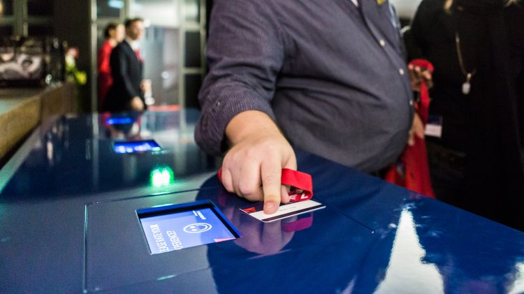 The Event Tech Showdown: iBeacons vs Barcode Scanners vs RFID and